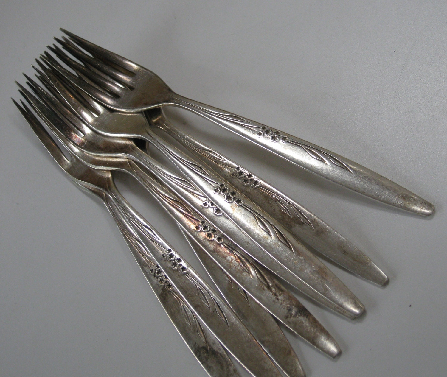 Vintage Oneida Community Silverplate Flatware 8 Forks And 9