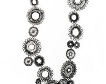 Black spiro necklace