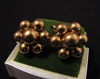 Vintage Gold Tone Beaded Ball Cluster Flower Screwback Earrings