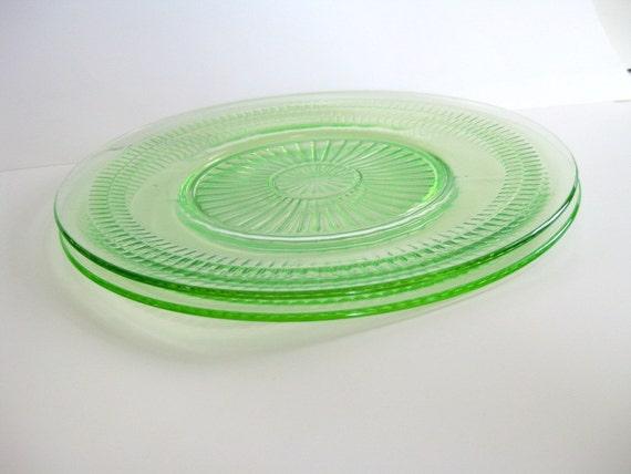 Vintage Depression glass plates Roulette pattern