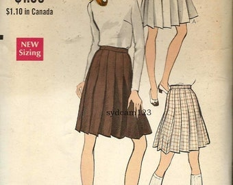 Vintage 1968 All Around Pleated Skirt Two Lengths...Vogue 7356 Waist 25.5 UNCUT