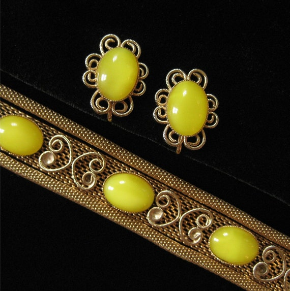 Lemon Yellow Scroll Mesh Bracelet and Earring Demi