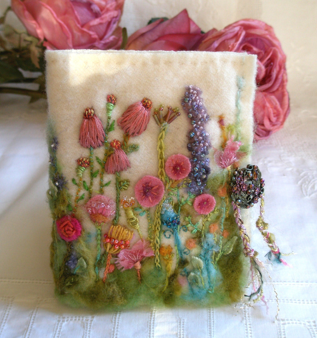 Needle case garden of delight felted wool with hand