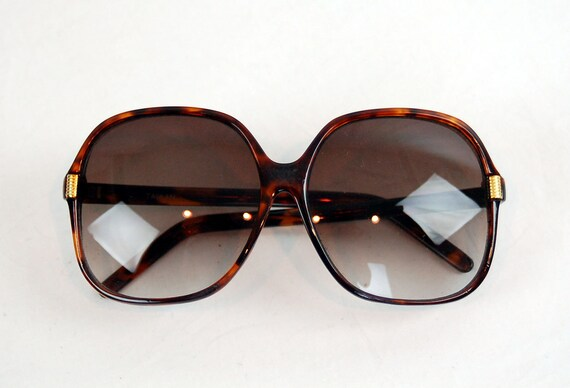 Vintage sunglasses, Large sunglasses, tortoise shell sunglasses, big sunglasses