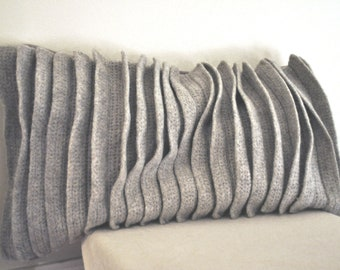 Long Natural Wool Pillow with Relief Pattern