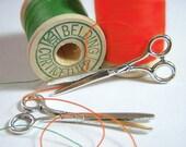SALE, Gift Wrap Charms, Scissor Charms, Silver Steampunk Pendants, 10 pc, Hair Ribbon Charm, Sewing Scissors