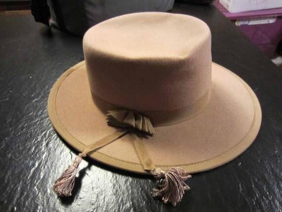 Vintage 1950s Ritz Fedora Wool Felt Hat Beige, Gross-grain ribbon, 22 1/2 inches