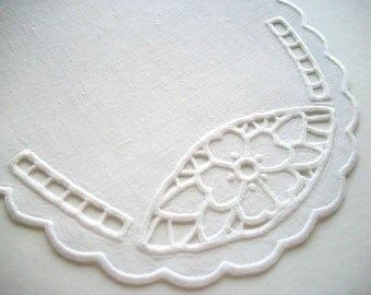 Richelieu Doily Oval Hand Embroidered White Linen Table Topper Heirloom Quality