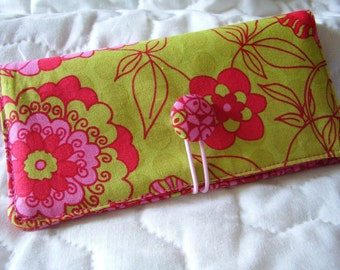 Green / Pink  Checkbook Cover , Vinyl Insert, Coupon, Wallet, Organizer Case