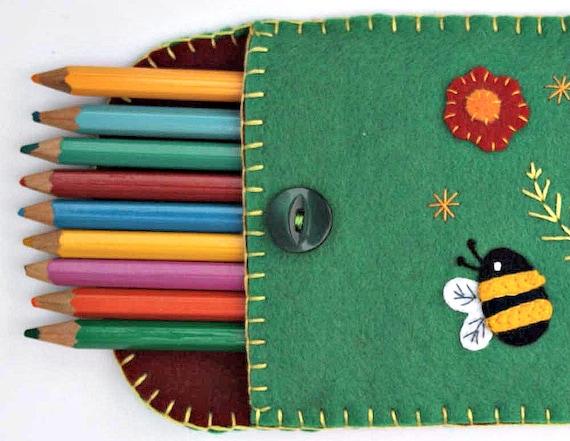 Felt pencil case, felt sunglasses case, green bee pencil case, handmade felt case for make-up or accessories, child's pencil case.