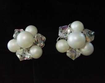 Vintage Earrings Clip On White and Clear Beads Costume Jewelry Round