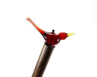 Accessoire de coiffure personnalisée oiseau, pic à cheveux en bois, épingle à chignon oiseau verre à la main, coiffure chignon