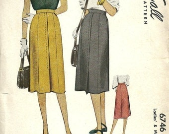 McCall 6746 Vintage 40s Sewing Pattern // Skirt Waist 30