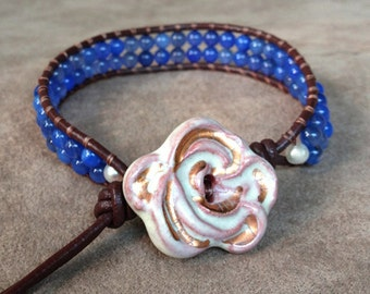 Wrap Bracelet Ceramic Vintage Flower Clasp, Abstract White Geranium Flower and Blue Agate Beaded Bracelet