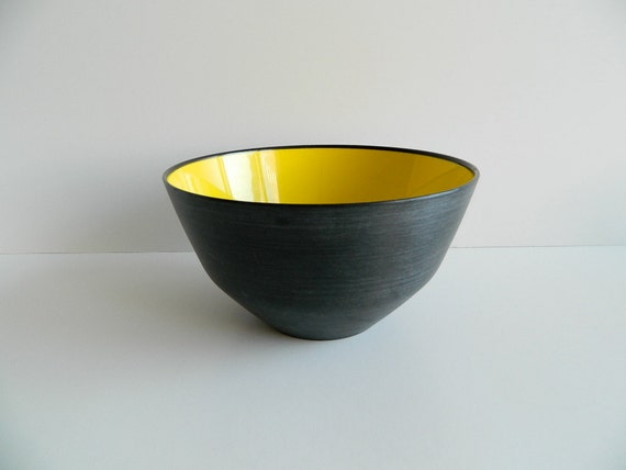 Husqvarna Sweden Large Black and Yellow Summer Bowl