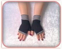 SALE GLOVES Fingerless gloves black      with    black   cuffs  short