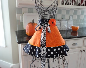 "Witches Brew -   ""Annabelle Style""  Women's HALF Halloween or Fall Kitchen Apron ~ 4RetroSisters"