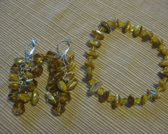 Yellow river bend stretch bracelet with matching dangle earrings