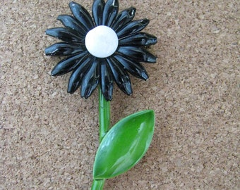 Sweet little vintage black enamel flower pin brooch with white center green stem