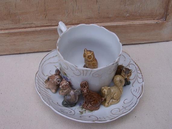 Red Rose Tea Animals Wade Whimsies Porcelain Figurine Set
