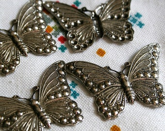 SALE Antique Silver Butterfly Findings stampings large butterflies Jewelry hair clip making scrapbooking 40mm x 28mm 30 pcs
