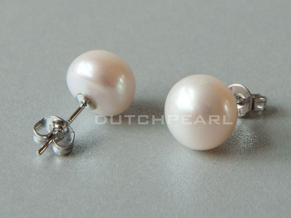 Find great deals on eBay for real pearl stud earrings. Shop with confidence.