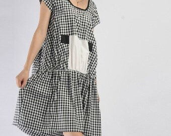 Black and white plaid cotton short-sleeved dress