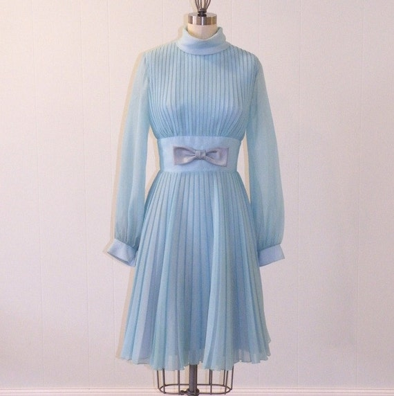 1960s Dress / 60s Mod Dress, Powder Blue Georgette Formal Cocktail Wedding Party Dress, Full Skirted Knife Pleat Vintage Twiggy Dress