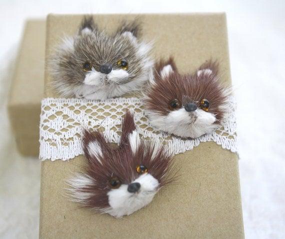 3 Misfit Fox Cabochons Fur