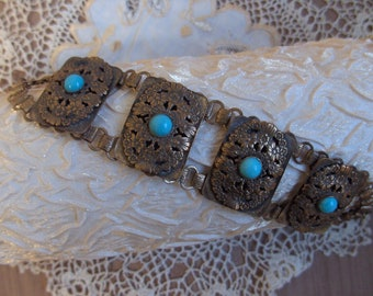 Fabulous Vintage 1940s Brass Floral Pattern And Turquoise Chunky Link Chain Bracelet