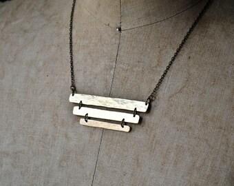 ZAHARA : Hammered Brass Bar Necklace