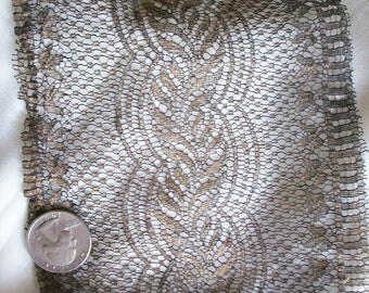 Rare antique dark gold lace in small scale