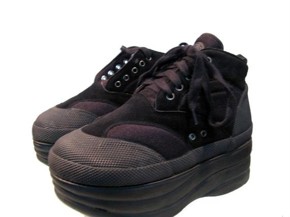 Vintage Gym Stack Platform Shoes size 8