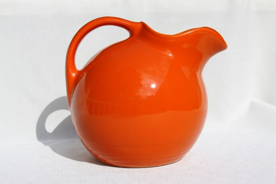 Homer Laughlin Harlequin Ball Pitcher Vintage Jug Red Orange Large with Ice Lip