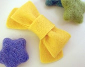 NO SLIP Wool felt hair clip -classic bow -yellow (pick size and colour)