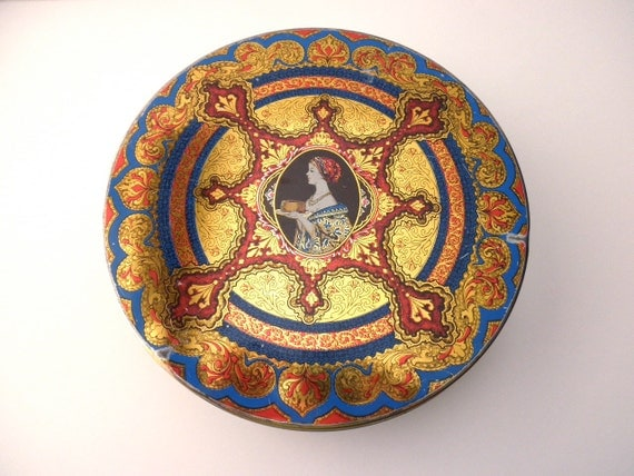 Vintage 10 inch DECORATIVE TIN with Woman and Cake-Hostess Fruit Cake-Continental Baking Co.