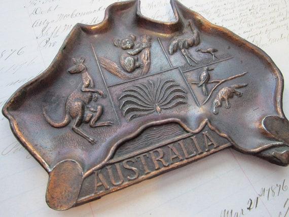 vintage souvenir ashtray - AUSTRALIA - copper color