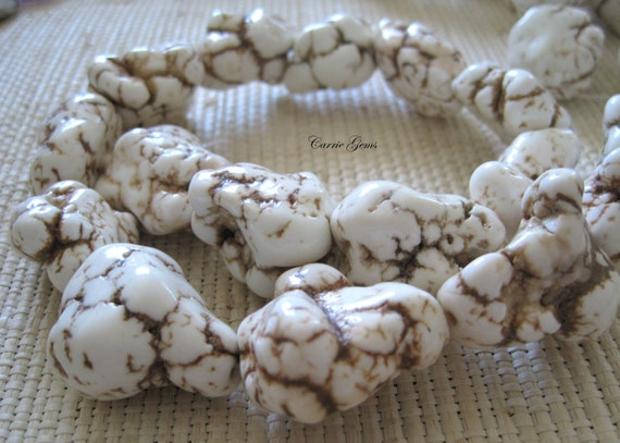 "16"" long (15-16 pcs) White Howlite Nugget Beads 18mmx24mm"