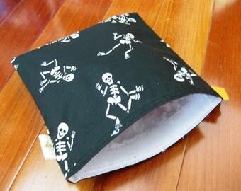 Lg Skeletons Reusable Snack Sandwich Baggie Bag Set with water resistant lining