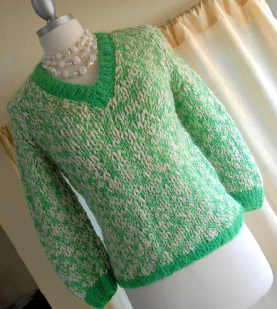 Tam Italia Green and White Pullover Vintage 60s Sweater