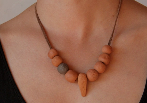 Small tribal terra cotta necklace nr.2