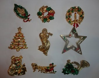 9 Vintage Christmas Pin signed Gerrys