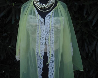 Vintage Sheer Yellow Nylon and Lace Robe,  Short Yellow Sheer Robe,  size Small  32-34 bust