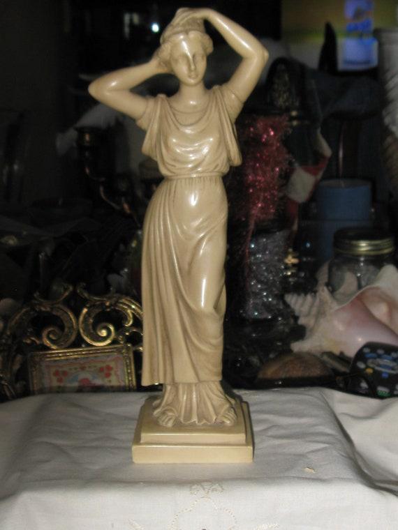 Vintage G Ruggeri Statue Figurine Italian Marble Resin