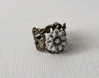 Petite Flower Filigree Ring