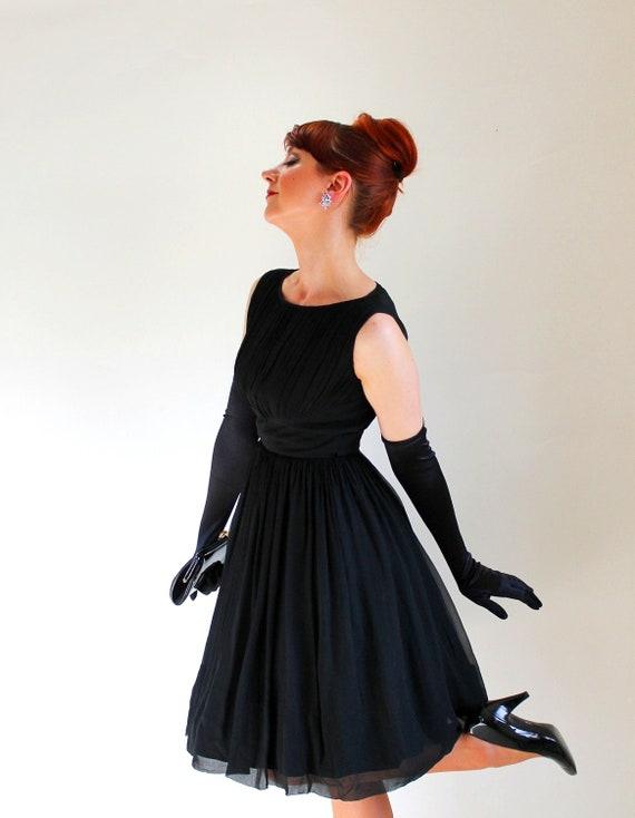 Sale - Vintage 1950s Black Chiffon Party Dress. Cocktail. Audrey Hepburn. Little Black Dress. Mad Men Fashion. Summer. Fall. Size Small