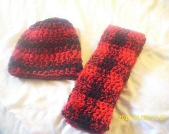 Lumberjack pattern hat or scarf