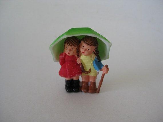 Plastic Umbrella Cake Topper