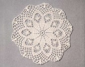 Autumn Ecru Lace Crochet Doily, Home Fashion Accent