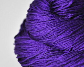 Memory of a fearsome tale - Silk Fingering Yarn